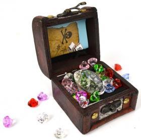 Skattkista med juveler