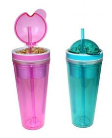 Sugrörsglas med snacksbehållare