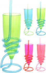 Plastglas med sugrör