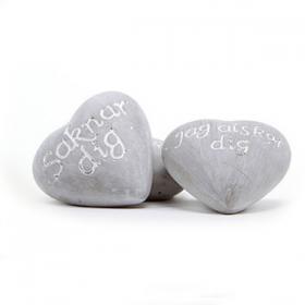Cementhjärta med text