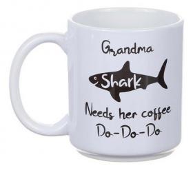 Porslinsmugg -Grandma Shark